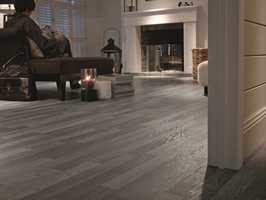 Revealtion Grey Pepper Oak fra Tarkett