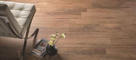 Drømmer du om et unikt og rustikt tregulv som gir rommet det lille ekstra? Ta en tur til flisbutikken! Der kan du finne keramiske fliser som ser like naturlige ut som ekte tre - og som gir rommet et unikt og eksklusivt utseende.