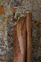 Sagredo gjenskaper engelsk rokokko i sitt mønster. Her med design: 30081, rosa.