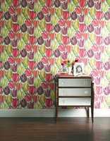 Vakre blomster, solid kvalitet og tidløs design kjennetegner Sandersons produkter.