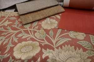 <b>VARIGE FARGER:</b> Enten du liker rødt eller andre farger, i Morris sine kolleksjoner finner du nyanser helt i tråd med dagens aktuelle paletter. Dette er fra Melsetter, en kolleksjon som ble lansert i sommer.