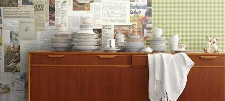 Gjør favorittoppskriftene lett tilgjengelige - på kjøkkenveggen. Mulighetene er mange: lag fototapeter med gamle husmoroppskrifter eller dine beste oppskrifter, bruk tavlemaling eller magnetisk maling eller tapet.