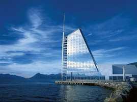 Les om Moldes nye hotell.