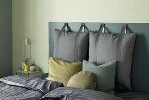 <b>RO PÅ SOVEROMMET:</b> Butinox Interiør valgte grønt til soverommet, da de kom med en fargeguide rom for rom i høst. Fargene som er brukt heter Balsam og Olivenlund. Også navnene signaliserer ro og harmoni.