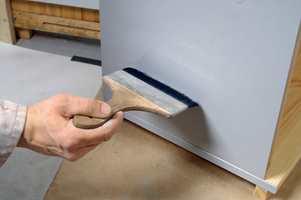 Heftgrunnen jevnes ut med en fordriver slik at man unngår rullestruktur i flaten.