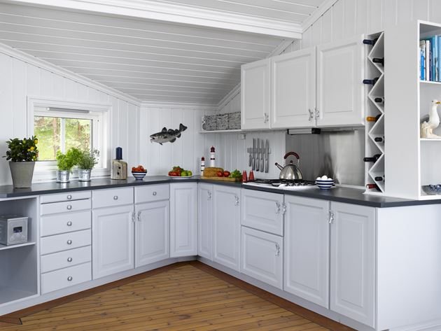 Nytt hyttekjøkken med maling   ifi.no
