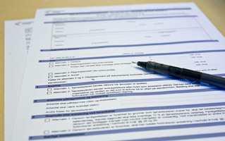 <b>SKRIV UNDER</b>: Du gjør lurt i å skrive kontrakt når du hyrer inn håndverker.