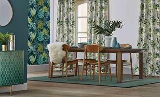 Å innrede en stor stue kan være utfordrende. Nøkkelen ligger i å avgrense rommet i mindre soner.