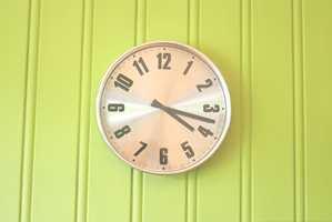 <b>HERDETID:</b> Pass tiden og la malingen få tid til å herde. Den kan lett skades når den utsettes for hard bruk før den er ferdig herdet.