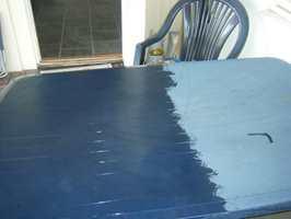 <b>PLASTIC FANTASTIC:</b> Polytrol gjenoppliver den opprinnelige fargen og utseendet på flekket og matt plast. Det kan komme godt med når hagemøblene skal ut i sommersolen.