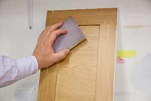 SLIPESVAMP: Mattsliping, sparkesliping og andre pusseoppgaver går lett med en slipepad.
