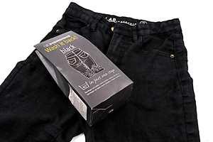 <b>ETTER:</b> Etter en vask med tekstilfarge, ble buksen som ny i fargen.