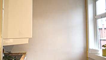 hvit kjøkkenvegg