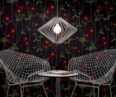 Denne lekne lampe heter Galleri og er svært enkel i oppbyning og form. En lampe som vil og bør synes i hjemmet. Design Jennifer Åhman for LampGustaf. Foto: Produsenten