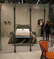 <b>GEMLA:</b> Sveriges eldste møbelfabrikk har laget møbler i bøyd tre siden 1861, og kommer stadig med nye design. De har satset på grønt som pimpes opp med orange.