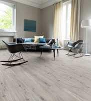 <b>POPULÆRT GULV:</b> Årlig legges det over fem millioner kvadratmeter laminatgulv i Norge. Eksklusive gulv med lengre og bredere bord blir stadig mer populært.