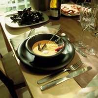 Kremet suppe med blåskjell og reker. Velbekomme!