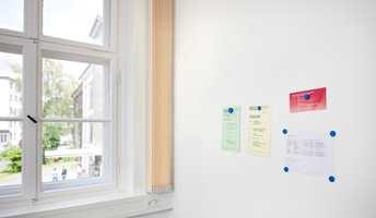 Magnettapet kan være like praktisk på jobben som i hjemmet.