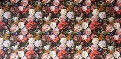 <b>BLOMSTERELSKER:</b> Blomstertapetet fra Eijjfinger har alt Bente ønsker seg i gangen. (Foto: Storeys)