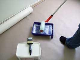 Plast eller dekkpapir er nødvendig for tildekking av gulv. Pensel eller rull er nødvendig hvis du skal lime. På større flater bør limet alltid rulles på. Bruk pensel der det er vanskelig å komme til med rullen. Gjør ren penselen eller rullen med en gang.