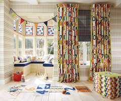 Lek deg med farger og tekstiler til å bli glad av!