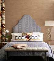 <b>STORTROMMA:</b> Ta den skikkelig ut og skap drømmerommet ditt med tapeter og tekstiler og en skikkelig sengegavl! (Foto: Tapethuset)