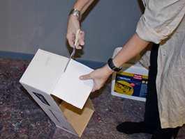 <b>KLIPP:</b> Bare klipp av lokket/flippene på esken, så blir det raskt til et viktig verktøy.