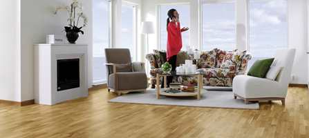 <br/><a href='https://www.ifi.no//sett-deg-pa-gulvet-nar-du-velger-veggfarge'>Klikk her for å åpne artikkelen: Sett deg på gulvet når du velger veggfarge</a><br/>Foto: Jan Landfeldt