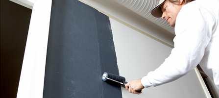 Magnetmaling påføres med pensel eller rull.