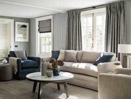 <b>FUNKSJON:</b> Skal gardinene kun lune og være til pynt eller kunne trekkes for? Begge deler kanskje? (Foto: Borge)