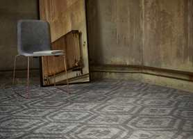 <b>SLITESTYRKE:</b> Når du velger teppe, må du stille krav både til kvalitet og utseende. Søk hjelp hos en profesjonell teppeselger, så får du rett teppe på rett plass. Desso fra Tarkett er valgt her. (Foto: Tarkett)