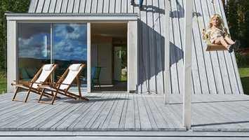 sølvgrå terrasse