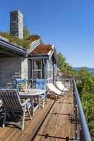 Herregård vanntynnet terrassebeis i fargen 6062 Honning