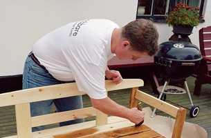 Terrassebeisen er også utmerket til bruk på trykkimpregnerte hagemøbler.