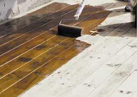 Om du benytter et kvalitetsprodukt, kan du være trygg på at terrassen holder seg bra i mange et par-tre år i hvert fall.