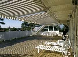 Huskeliste for vårrengjøringen utendørs: Fasadevask, terrassevask, rens av hagemøbler, markise, fjerning av mose og rengjøring av takstein  - for å nevne noe.
