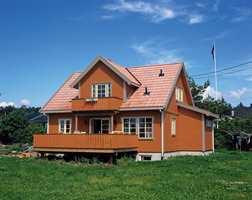 Mange fargesettere sliter med at fargen på huset ikke ble som forventet ut fra den lille prøven på fargekartet.
