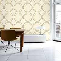 En geometrisk variant med de helt store sirkler på en dempet gul tapet - med mønstre i en kombinasjon av matchende beige og grå. Fra Flügger/Storeys.