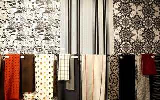 Tapetutstilling fra årets Heimtextil i Frankfurt hvor blant annet sort-hvitt preger trendbildet. Her tre forskjellige stiler fra kolleksjonen Front fra Boråstapeter/Borge.