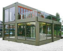 Prøvepaviljongen fra 2005 med moduler på 4,80 x 4,80 meter. Byggetid skulle erstattes av monteringstid - boliger enkelt utvides etter behov.
