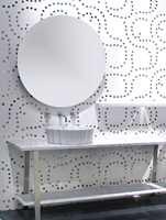 Gjennomført design. Legg merke til baderomsmøbler og vvs-utstyret. (Viva og FagFlis)