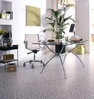 Arbeidsrommet hjemme - også med steinmønster på gulv. (Fra Tarkett)