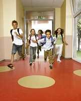 Mønsterlegging av linoleum i skolemiljø. (LinoleumXF fra Tarkett