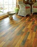 Et alternativ med naturtro naturfarger i plankmønster. (Atmosphere fra Tarkett)