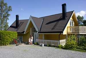 <b>GULT:</b> Gult er en populær husfarge. Kanskje den kler huset ditt?
