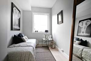 <b>KJØKKEN ETTERPÅ: </b>Det nye soverommet ble innredet i nøytrale farger. Alle flater er malt. (Foto: Creative Living)