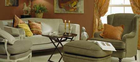 Ønsker du et interiør med farger, materialer og møbler uavhengig av moteretninger? En litt tidløs klassisk stil som varer, men for all del ikke kjedelig! Da er kanskje dette en stil for deg?