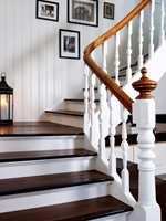 <b>MELLOM TRINN:</b> Stusstrinn er platen som tetter mellom trinnene i en lukket trapp. (Foto: Mona Gundersen/ifi.no)