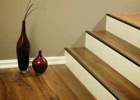 Trappeneser finnes i mange ulike materialer, farger og fasonger.