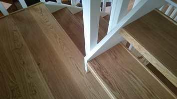 <b>ENKELT:</b> Trappefornyelsestrinn er en enkel vei til en pen, ny trapp.